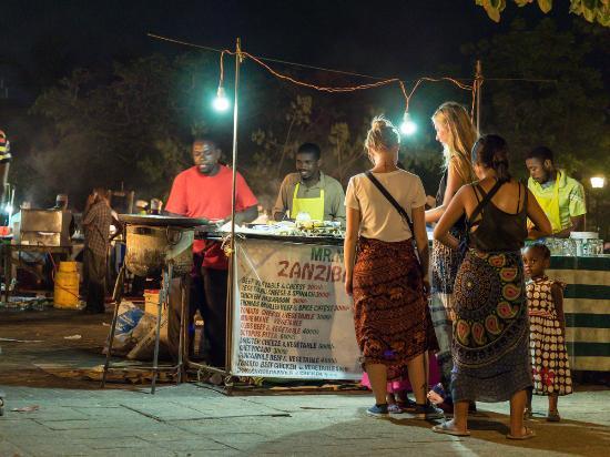 Zanzibar Pizza Night